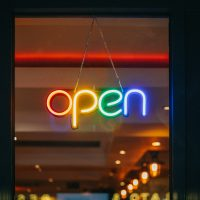 Read more about the article 9 Killer Openers to Start a Speech or Presentation